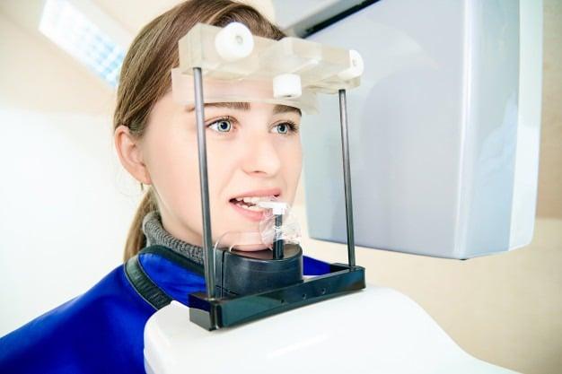 tomografia dentária